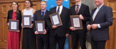 SAR award Duncan Clarke